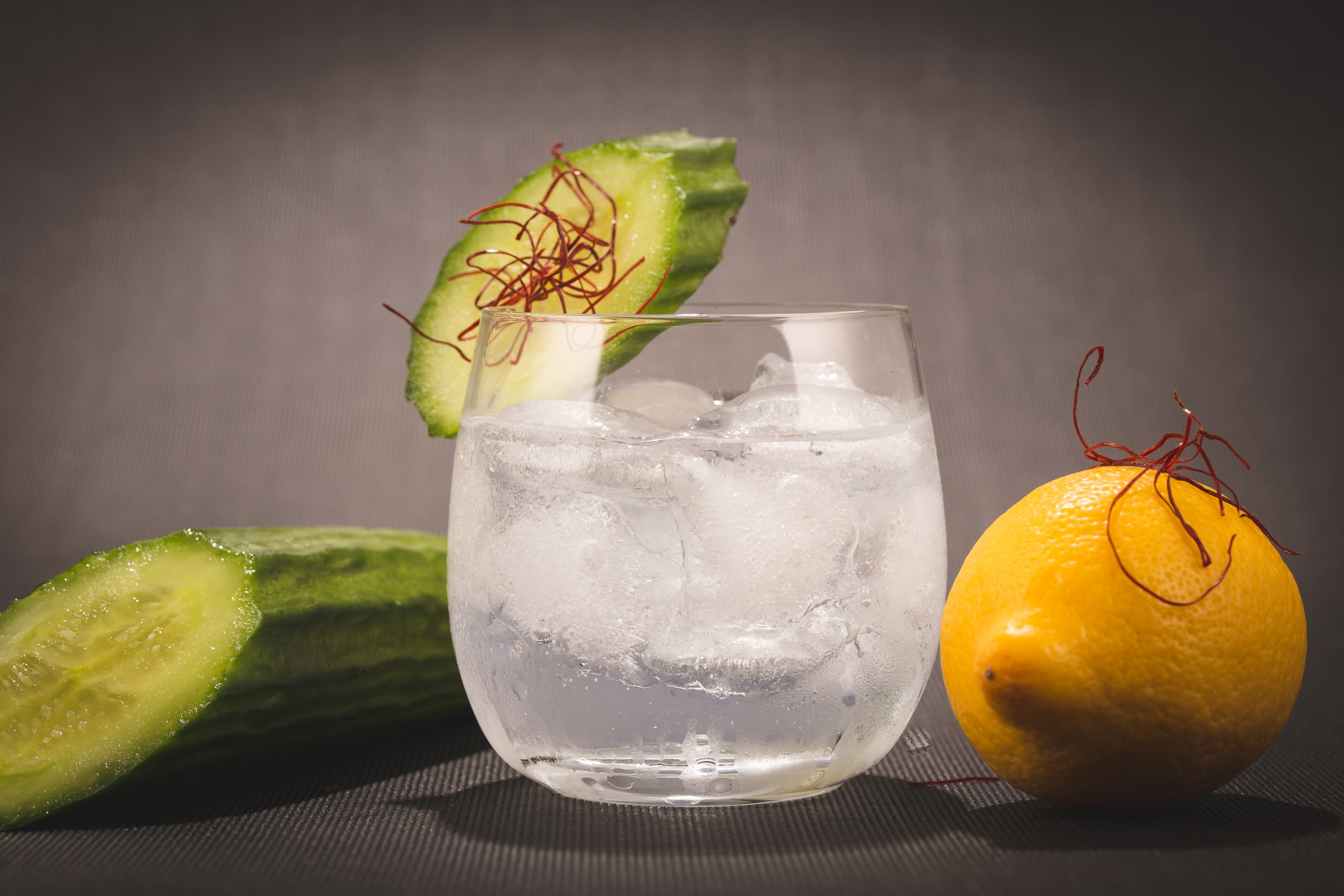 1542 Gin & Tonic with Old Classic